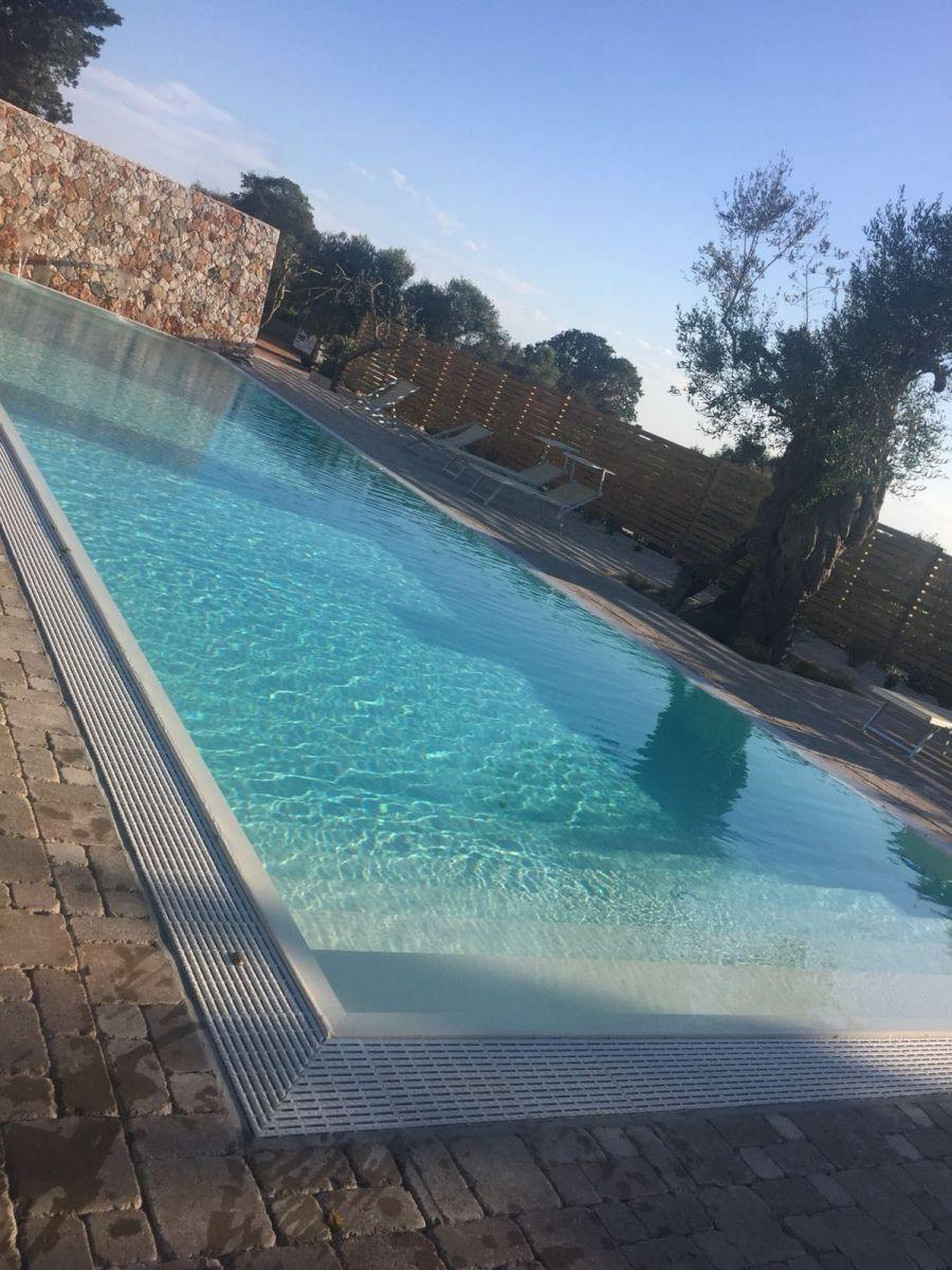 piscina-la-corte-del-salento-06-min